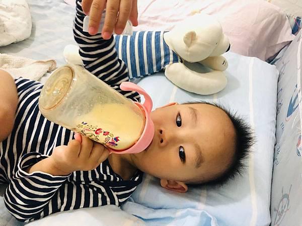 奶瓶_190418_0041