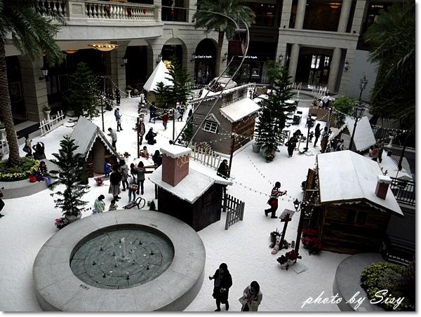Bellavita寶麗廣場耶誕童話村雪景