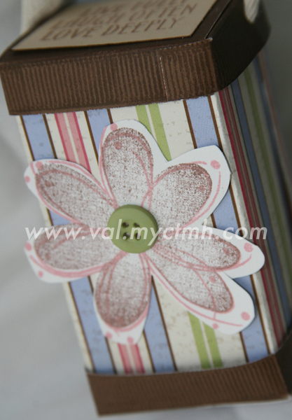 FLOWER BOX-4.jpg