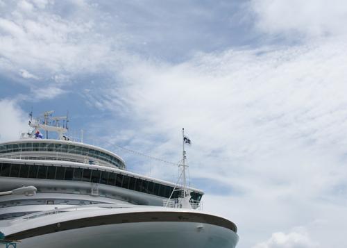 Cruise ship-1.jpg