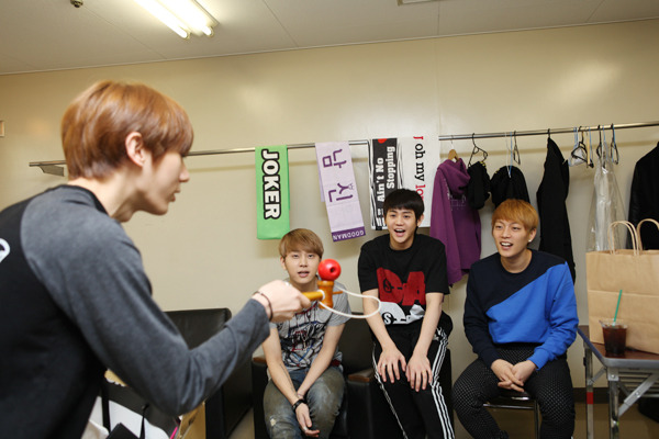 120422 Beast fan club B2uty 2期 fanmeeting-06