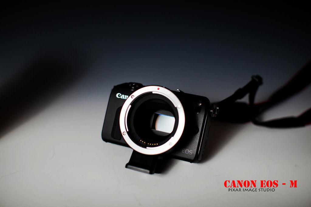 canon  EOS  M -13
