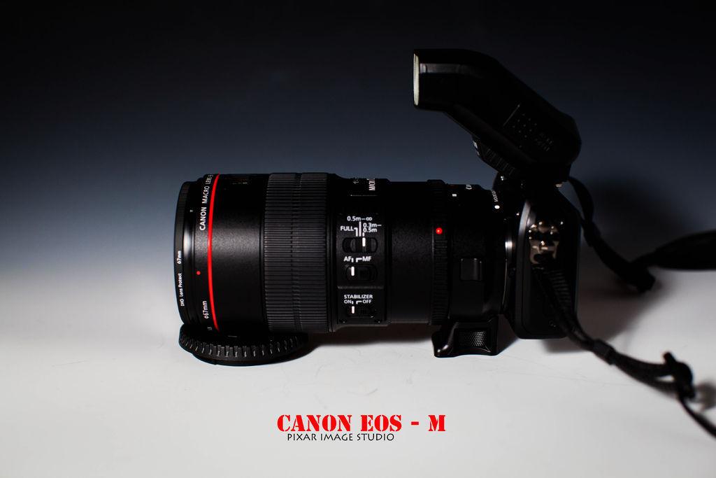 canon  EOS  M -18