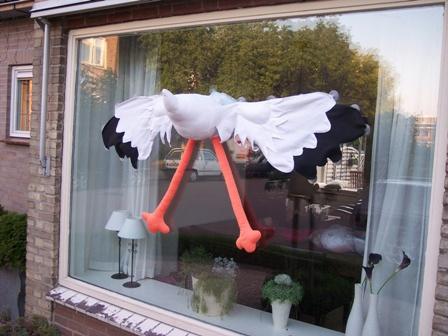 3d-ooievaar-raamdecoratie-huren-alphen-aan-den-rijn