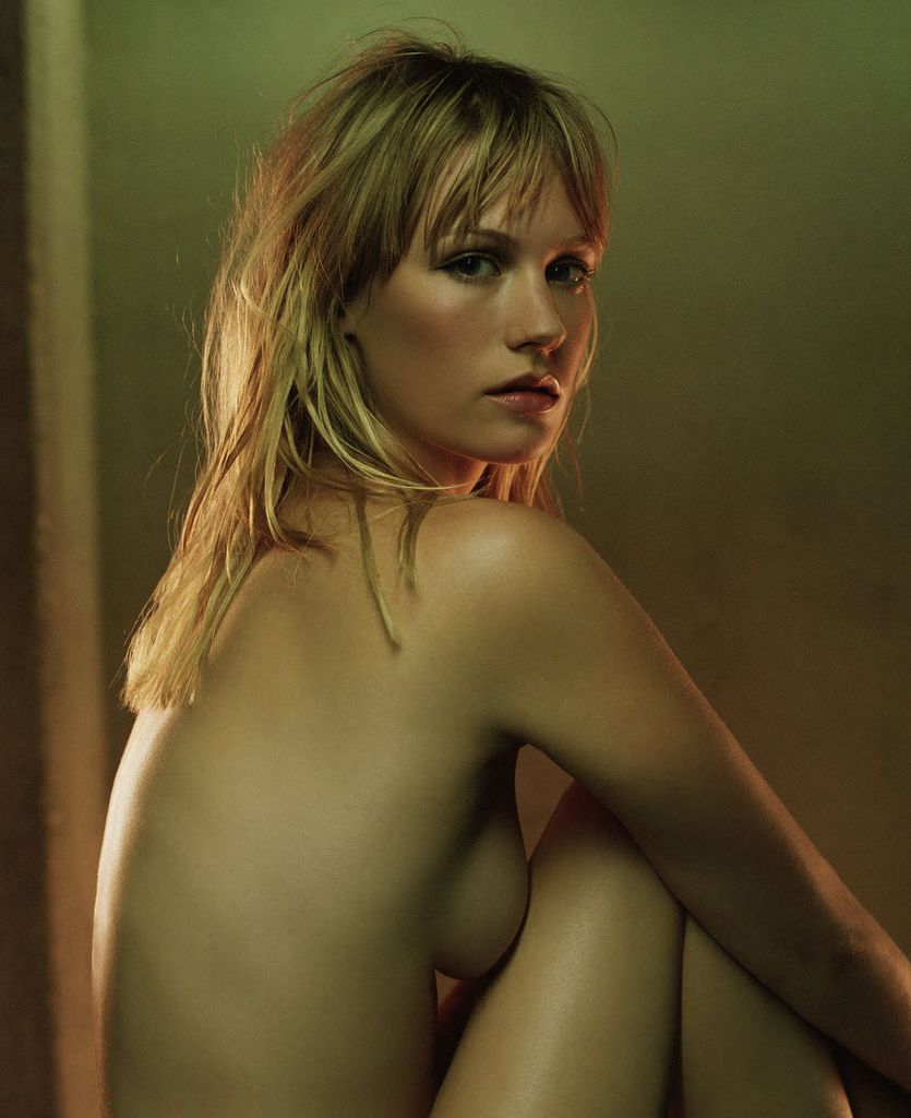 january-jones-nude-1.jpg
