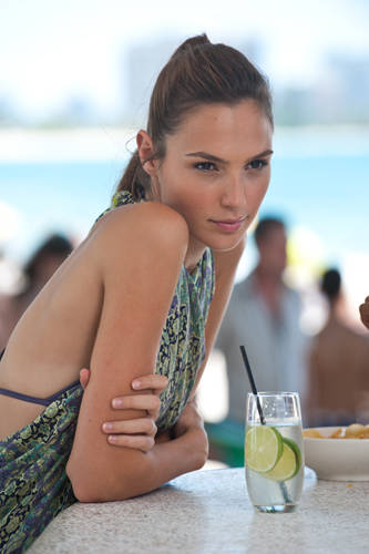 fast-five-gal-gadot-photo.jpg