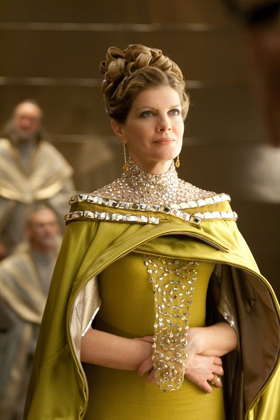 Rene-Russo-as-Frigga.jpg