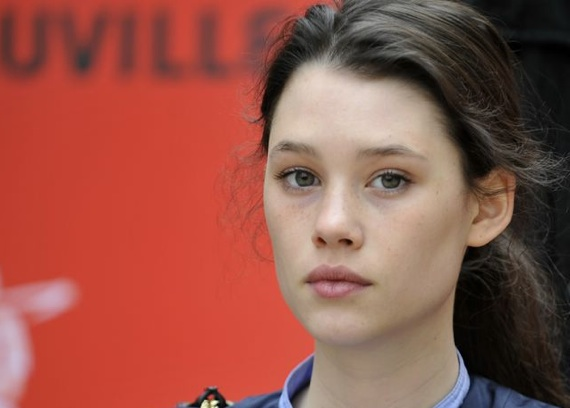 Astrid-Bergès-Frisbey-pirates-of-the-caribbean-on-stranger-tides-14-4-10-kc.jpg