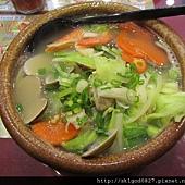 2011-12-11 龍王海鮮蚌麵-1