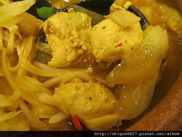 2011-12-27 辣味大千雞麵-2
