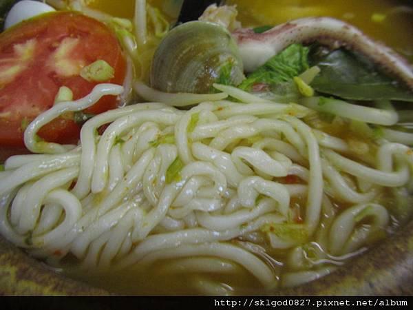 2012-06-26 泰式酸辣海鮮麵-3