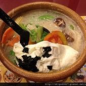 2013-01-02 生機蔬菜煨麵-1