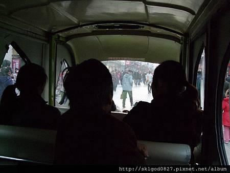 一元觀覽公車內拍.JPG