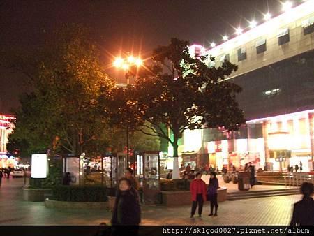 夜拍蘇州市中心街道01.JPG