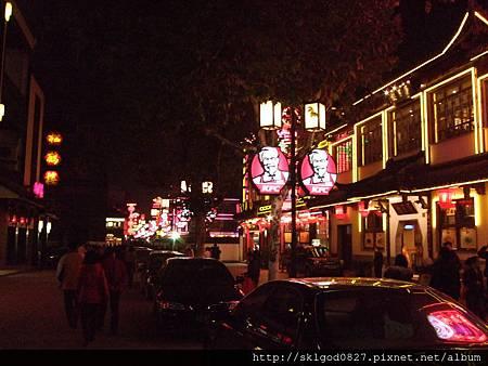 夜拍蘇州市中心街道05.JPG