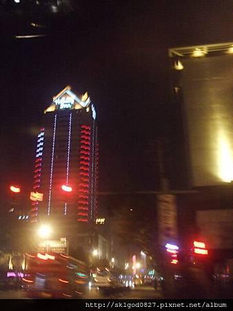 夜拍蘇州市中心街道10.jpg