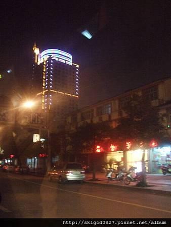 夜拍蘇州市中心街道11.jpg