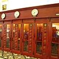 郵局附設的電話亭