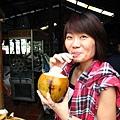 來了越南這麼久,我終於喝到我的椰子汁了