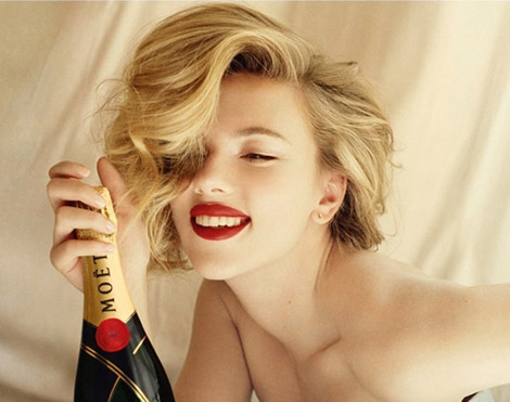 scarlett-johansson-moet-and-chandon-2