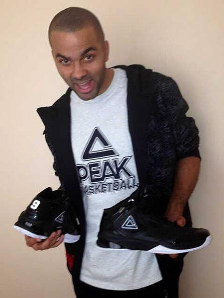 Peak Tony Parker 9 black.jpg