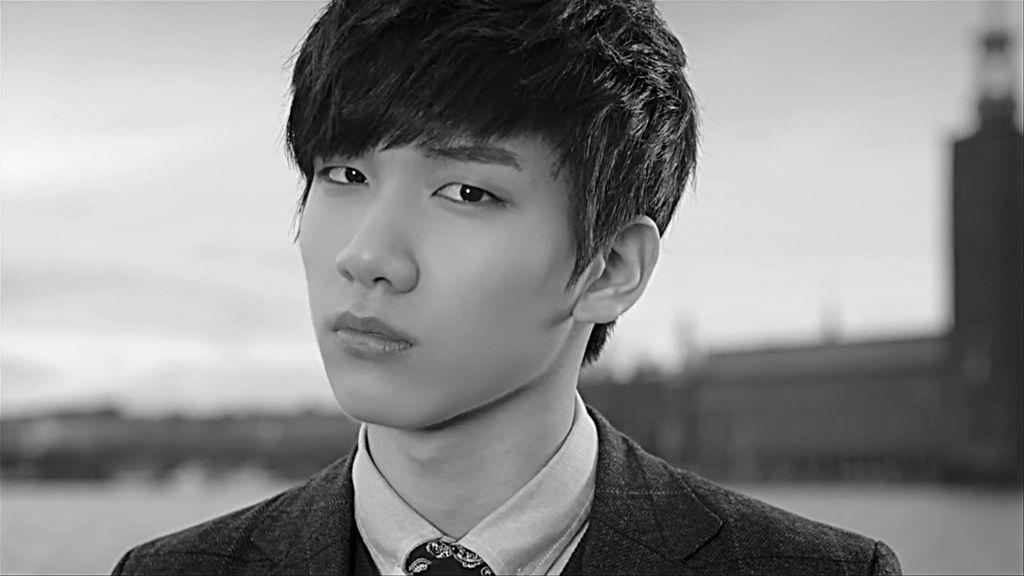 빅스(VIXX) - 대답은 너니까 (ONLY U) Official Music Video (1)[16-24-10]