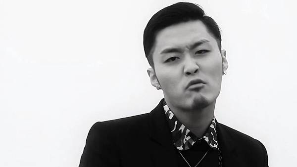M.I.B - Worry About Yourself First(Feat. Bomi of A Pink) MV[(002732)14-29-57]