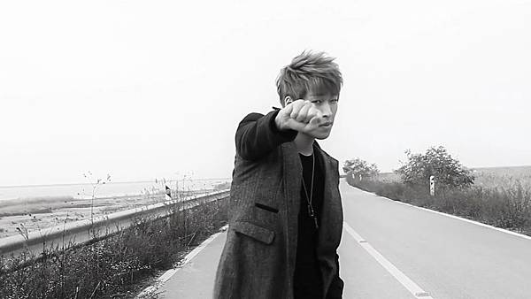 M.I.B - Worry About Yourself First(Feat. Bomi of A Pink) MV[(001428)14-29-02]