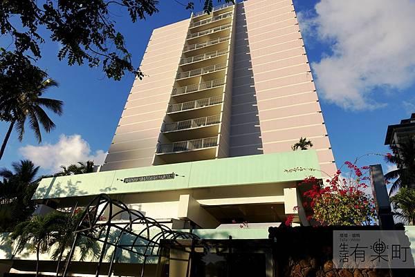 【夏威夷住宿推薦】Waikiki Gateway Hotel:威基基地區CP值首選,交通超方便樓下就是公車站,地點好的優質飯店!