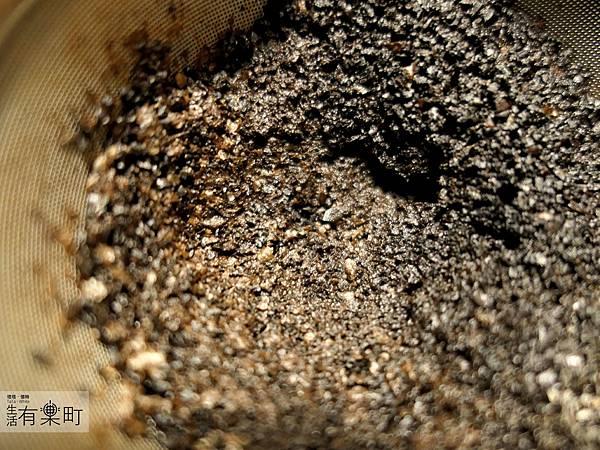 Siroca 石臼式全自動研磨咖啡機 咖啡機推薦開箱_P1090891.JPG