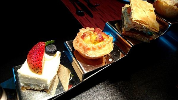 台北內湖維多麗亞酒店 義大利餐廳 下午茶 情人節約會 美食推薦.jpg