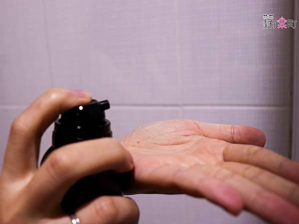 日本洗髮精開箱 Le ment碳酸精油深層淨化洗髮精 受損髮專用 -1226.jpg