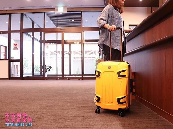 【好物開箱】JACKY W系列行李箱:厲害啦!真假憲哥來開箱!出國商務旅行好夥伴,好商品用得到就來一個吧!容易文創RUNNING GOODS系列商品推薦-0978.jpg