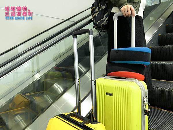 GreySa格蕾莎旅行頸枕推薦,巴士飛機必備使用心得分享,全家福頸枕開箱 (4 - 4).jpg