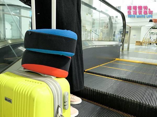 GreySa格蕾莎旅行頸枕推薦,巴士飛機必備使用心得分享,全家福旅行頸枕 (9 - 9).jpg