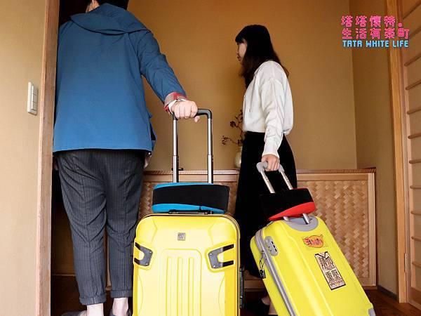 GreySa格蕾莎旅行頸枕推薦,巴士飛機必備使用心得分享,全家福旅行頸枕 (8 - 9).jpg