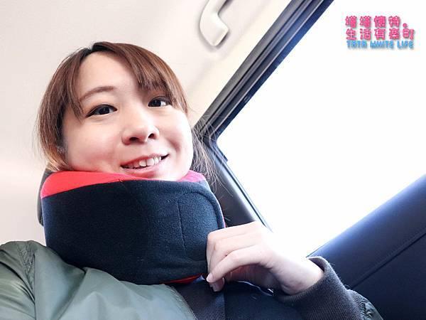 GreySa格蕾莎旅行頸枕推薦,巴士飛機必備使用心得分享,全家福旅行頸枕 (7 - 9).jpg