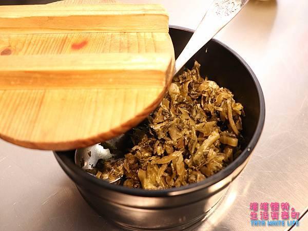 台北中山區美食推薦,神仙川味牛肉麵,午餐晚餐都適合,近林東芳牛肉麵-3368.jpg
