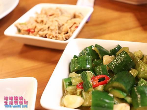 新竹美食推薦,家庭聚餐餐廳分享,老瀋陽酸菜白肉鍋,多人套餐菜單價格介紹-3413.jpg