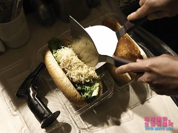 桃園南崁美食,mundane沒有靈魂的餐車,潛艇堡推薦,菜單分享,光明國小美食-4575.jpg