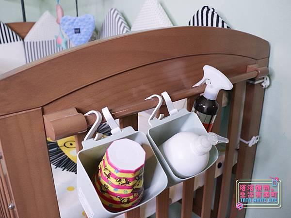 【塔塔懷特育兒好物】童心多功能成長嬰兒床:林萌之的第一張床!為寶寶挑選個舒適的好床!嬰兒床、坐臥床、沙發床三合一,可以從新生兒睡到四歲喔~奧斯卡大床使用心得分享-7107.jpg