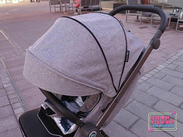 【塔塔懷特育兒好物】Zooper Jazz2嬰兒車開箱與心得分享:林萌之的第一台嬰兒車!嬰兒就可以開始用的 Zooper Jazz,可平躺、可折疊、可登機、輕便旅行用,全能小戰車推薦!-7225.jpg