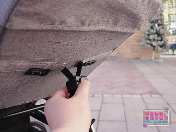 【塔塔懷特育兒好物】Zooper Jazz2嬰兒車開箱與心得分享:林萌之的第一台嬰兒車!嬰兒就可以開始用的 Zooper Jazz,可平躺、可折疊、可登機、輕便旅行用,全能小戰車推薦!-7230.jpg