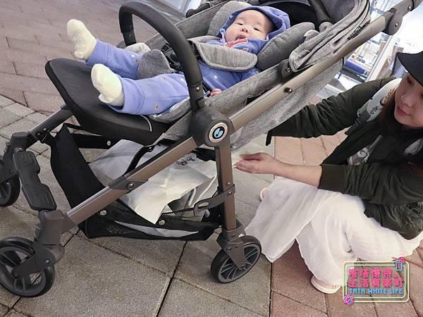 【塔塔懷特育兒好物】Zooper Jazz2嬰兒車開箱與心得分享:林萌之的第一台嬰兒車!嬰兒就可以開始用的 Zooper Jazz,可平躺、可折疊、可登機、輕便旅行用,全能小戰車推薦!-7238.jpg