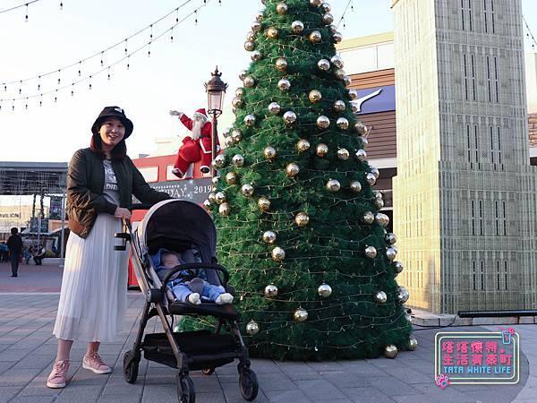 【塔塔懷特育兒好物】Zooper Jazz2嬰兒車開箱與心得分享:林萌之的第一台嬰兒車!嬰兒就可以開始用的 Zooper Jazz,可平躺、可折疊、可登機、輕便旅行用,全能小戰車推薦!-7216.jpg
