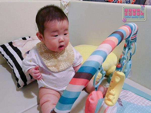 【塔塔懷特育兒好物】日本kawaii work手作八層紗圍兜:口水寶寶必備,吸水力強,雙面都可戴的日系時尚圍兜,我們在PINKOI上買的喔~-1120652.jpg