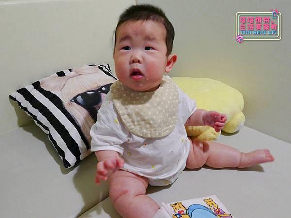 【塔塔懷特育兒好物】日本kawaii work手作八層紗圍兜:口水寶寶必備,吸水力強,雙面都可戴的日系時尚圍兜,我們在PINKOI上買的喔~-1120660.jpg