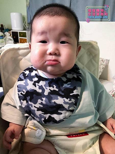 【塔塔懷特育兒好物】日本kawaii work手作八層紗圍兜:口水寶寶必備,吸水力強,雙面都可戴的日系時尚圍兜,我們在PINKOI上買的喔~--2.jpg