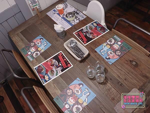 【塔塔懷特育兒生活】農人餐桌親子餐廳:台北親子餐廳推薦!餐點好吃,裝潢時尚,有兒童餐、寶寶粥與遊戲區-7683.jpg