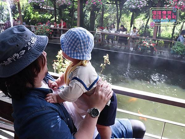 【塔塔懷特育兒生活】林萌之的時尚穿搭分享: Chichi X kids韓國童裝推薦!流行不撞衫,好看又穿得舒服的寶寶衣服這裡買~男寶女寶都有喔!-8020.jpg